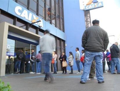 Agências da Caixa vão abrir no sábado para saque do FGTS