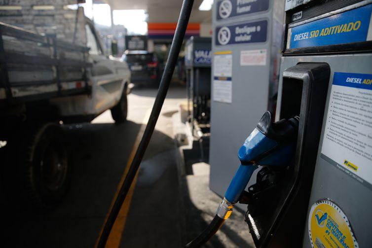 Diesel negociado nas refinarias está mais caro a partir de hoje